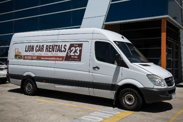Moving van rental | Commercial Fleet